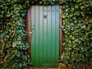восстановить двери дома своими руками